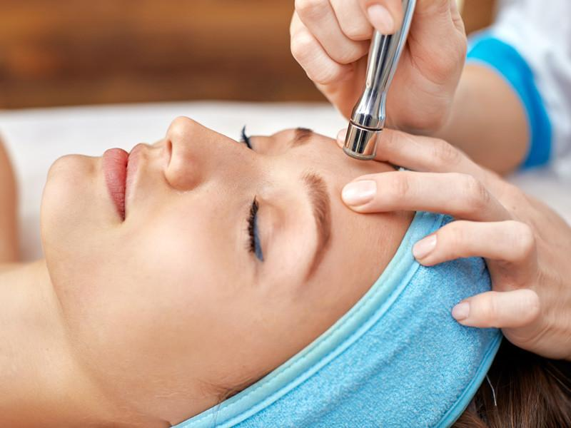 Diamond-Microdermabrasion